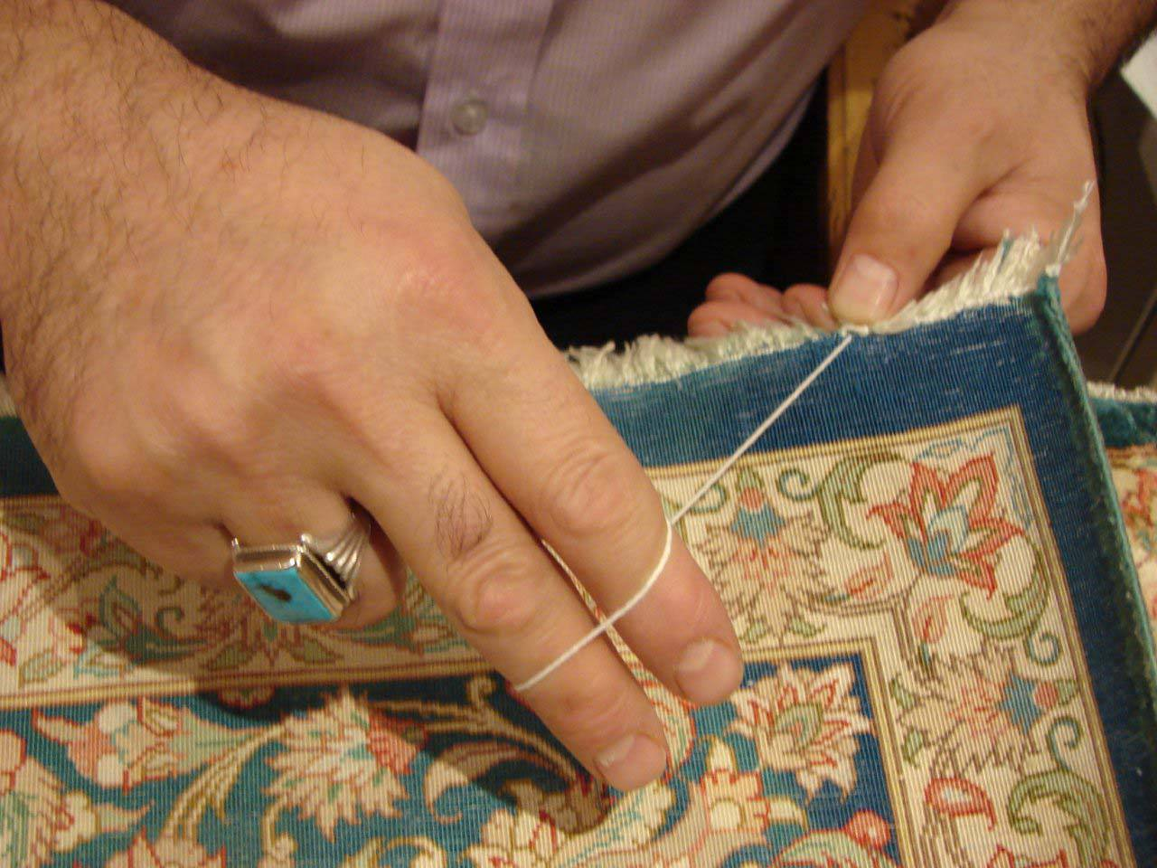 Royal carpet craftsmen